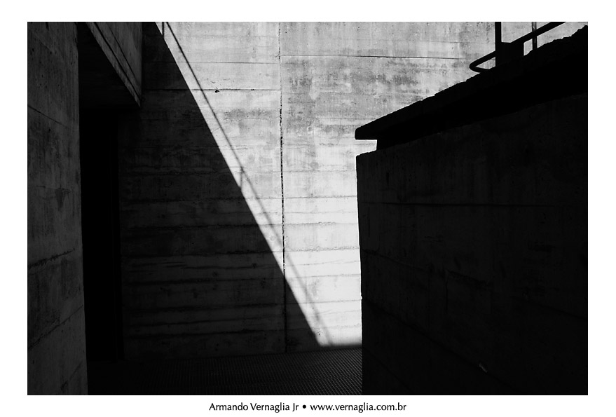 Black and White Architectural Photography (3/6)