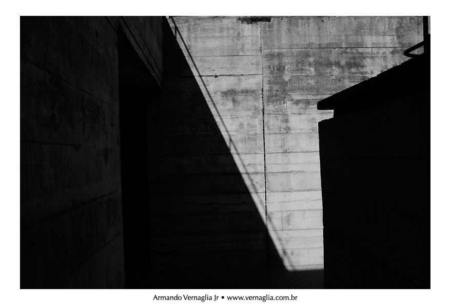 Black and White Architectural Photography (4/6)
