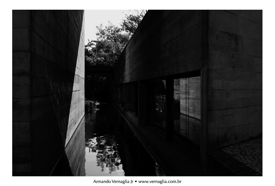 Black and White Architectural Photography (5/6)